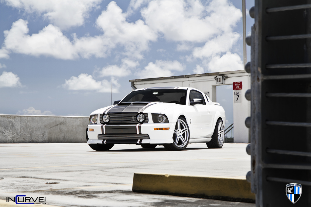 Incurve Wheels IC-S5 Silver on Ford Mustang Cobra