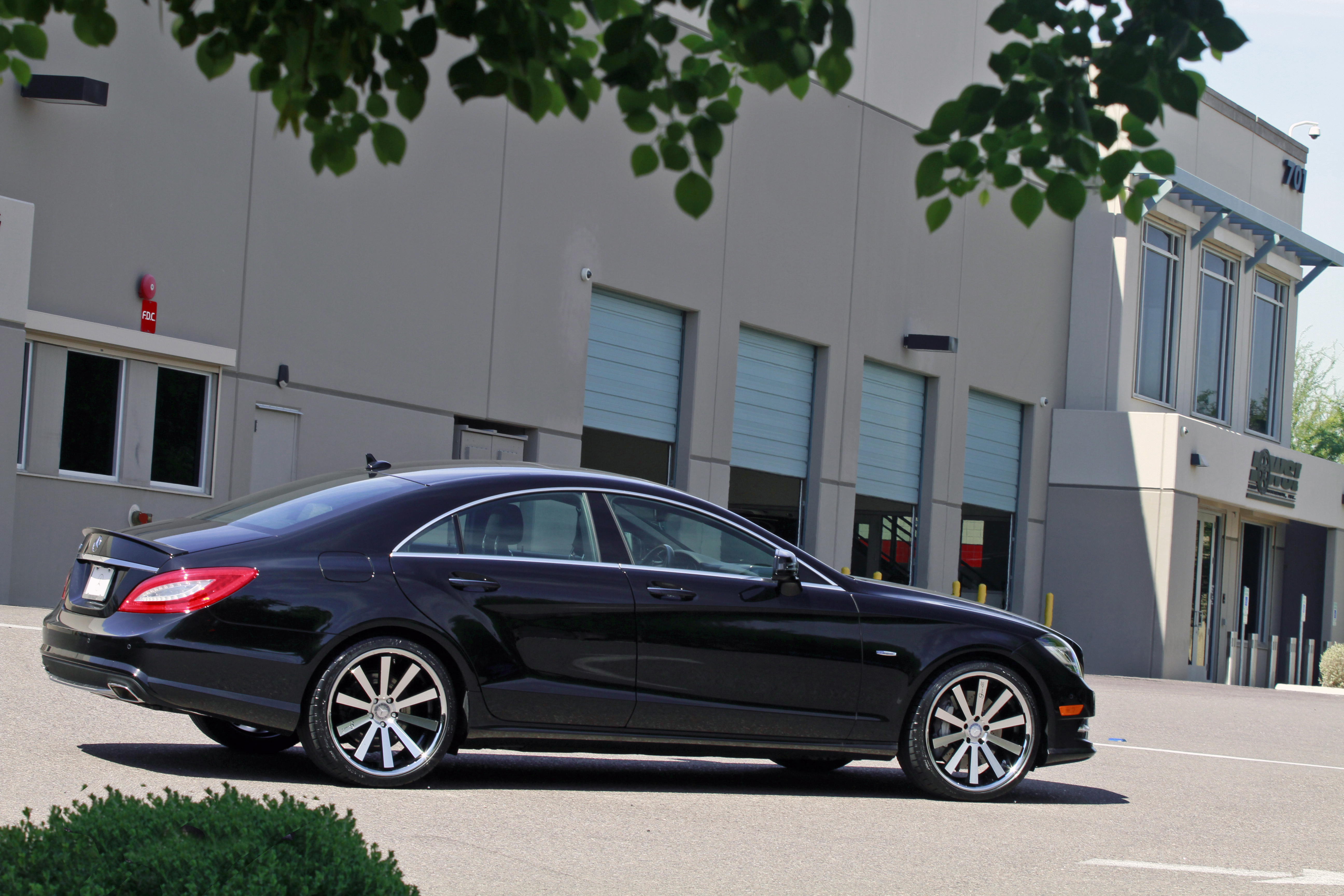 Gianelle Santo 2SS Machined Black on Mercedes Benz CLS